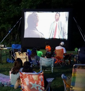 outdoor-movie-2016-06-24